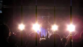 羞恥心的復出演唱會自2011年10月18日家族上菜解散後睽違了63天萬眾矚目...
