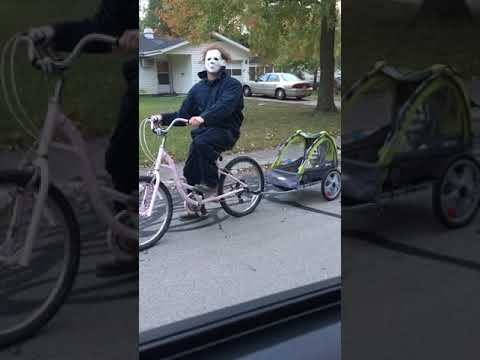 Johnjay And Rich - WATCH: Guy Riding Bike Dressed As Mike Myers Runs Into Wife On Street