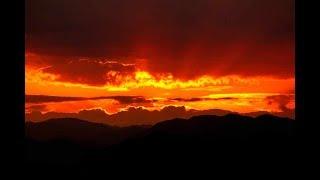 シューベルト作曲の「アヴェ・マリア」をアルトサックスで吹いてみました。写真は長崎の大浦天主堂付近の情景です。ご覧ください。録音2020.3...