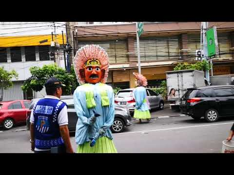Mummers in the streets of Jakarta