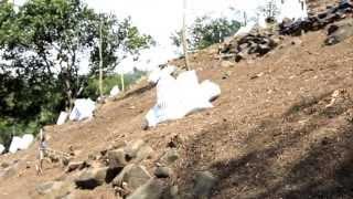 ESKAVASI  GUNUNG PADANG 24 - 28 JUNI 2013 DI LERENG TIMUR