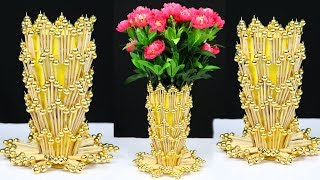 How to make a flower vase with chopsticks for home decoration | Best out of waste