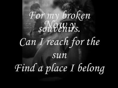 Broken Souvenir.wmv
