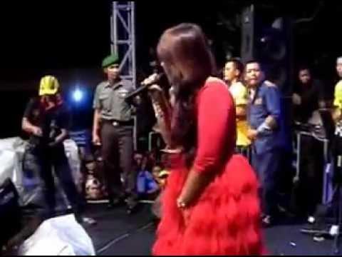 Edan Turun - New Pallapa Live Made Surabaya 2014