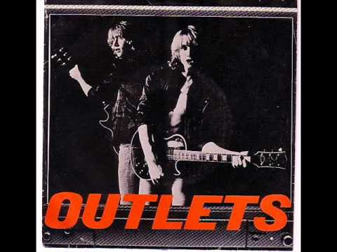 OUTLETS- Best Friends