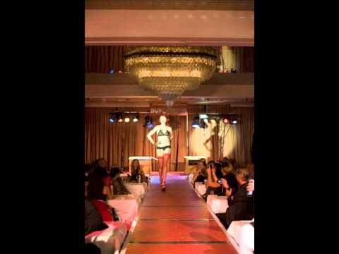 Venus on Drugs @ Rotterdam Loves Burlesque Fashion Show