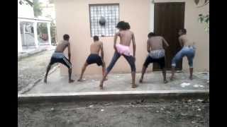 Amara La Negra Ft Jowell Y Randy, Los Pe...