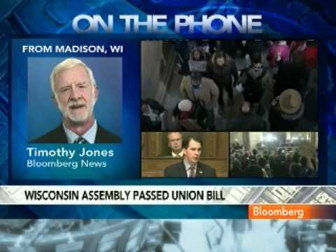 Wisconsin Lawmakers Pass Bargaining Bill; Protests Rage