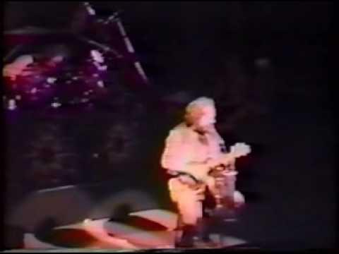 Jethro Tull - A  Christmas song - Sunderland 1990