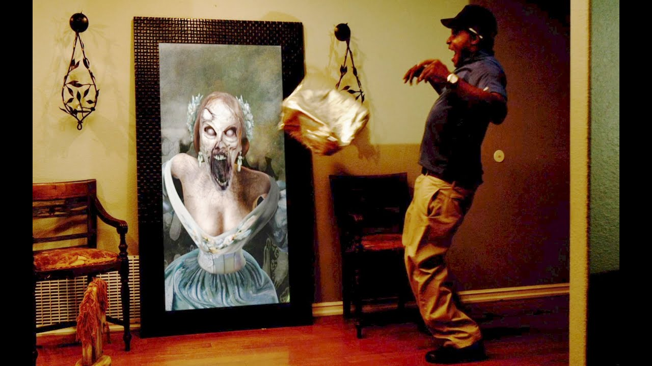 paranormal activity digital portrait zombie halloween prank youtube - Funny Halloween Prank