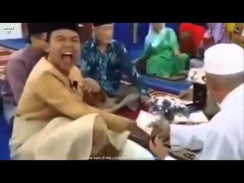 Pengantin Ketawa Terbahak2 Masa Ijab Kabul - Koleksi Akad Nikah Lucu Malaysia #9