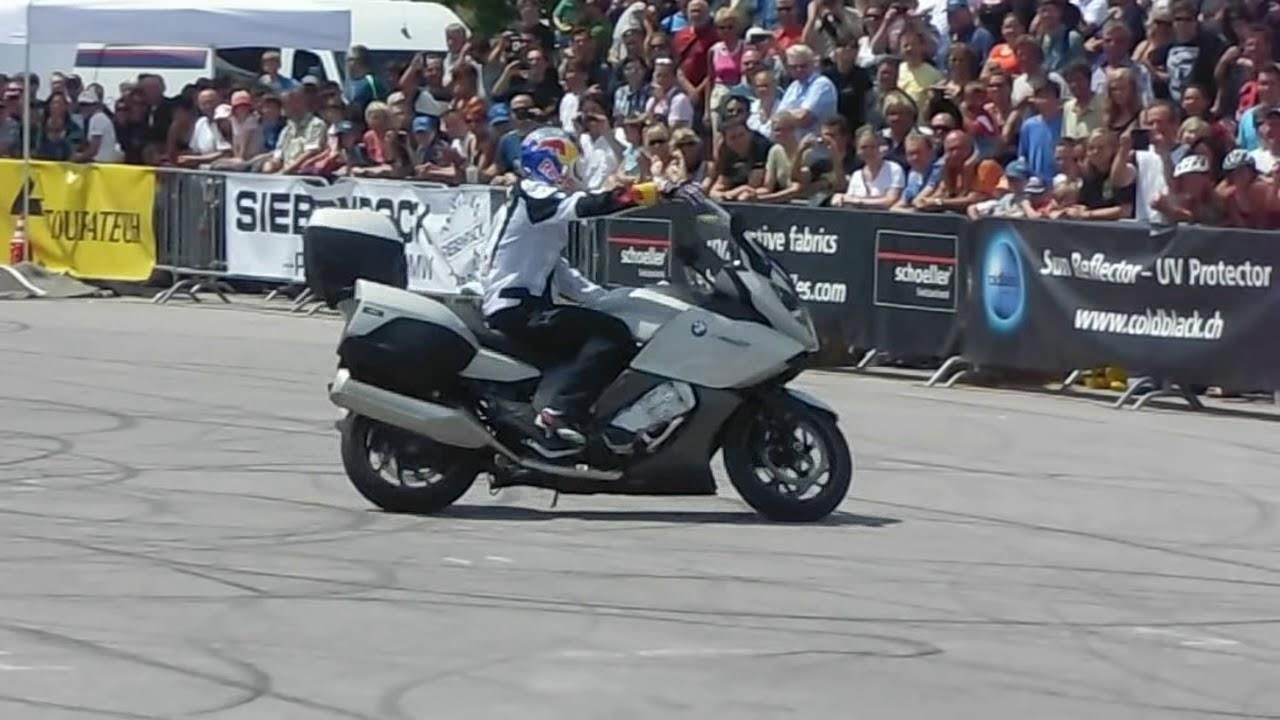 BMW K 1600 GT, Stunt Riding Chris Pfeiffer, Sofa, BMW Motorrad Days,