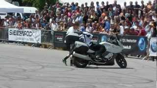 BMW K 1600 GT, Stunt Riding Chris Pfeiffer, Sofa, BMW Motorrad Days,