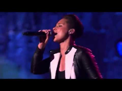 Alicia Keys - Natural Woman Live