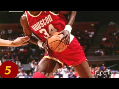 top-10-basketball-players-that-wore-glasses-or-goggles
