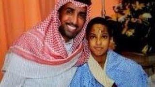 فايز المالكي يهدي  بنتلي  تلقاها هدية لطفل فقد عائلته في حادث