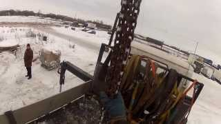 Перевозка бытовки манипулятором(Санкт-Петербург. Компания Градус. Манипулятор HMF 4720 на шасси Scania P380. http://www.9474444.com., 2013-08-18T15:36:11.000Z)