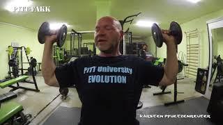 Kurzhanteldrücken Schultertraining PITT-RAW