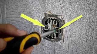 Как починить розетку(Как починить розетку? Очень просто - в этом видео я подробно рассказываю, как это сделать. Поймёт человек..., 2016-10-10T18:10:01.000Z)