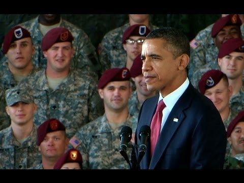 President Obama And The First Lady Speak To Troops At Fort Bragg