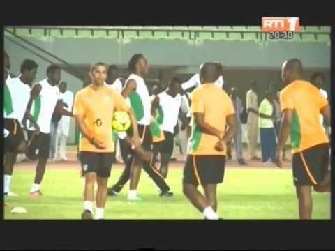 Football Sabri Lamouchi Livre La Liste Des 23 Elephants Pour La Can