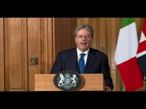 Conferenza stampa di Paolo Gentiloni e Theresa May a Londra (senza traduzione, 09/02/2017)