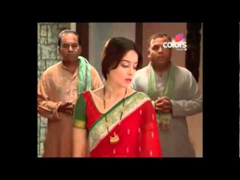 Dutta scene281 - Dutta bath scene and wearing Dutta bhau attire again.