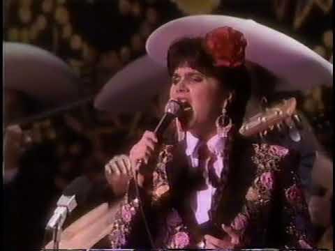 "LINDA RONSTADT - ""CANCIONES DE MI PADRE"" {{H.D.}} (COMPLETE), 1989Kaynak: YouTube · Süre: 1 saat11 dakika36 saniye"