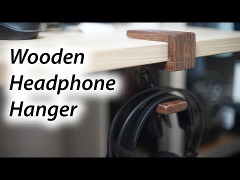 Wooden headphone hanger using finger joint