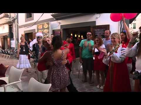 Flashmob - Crazy Russians on Ibiza -  Русские зажигают на Ибице