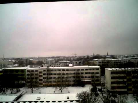 Wintereinbruch in Berlin(Webcam-Zeitraffer) 20120221