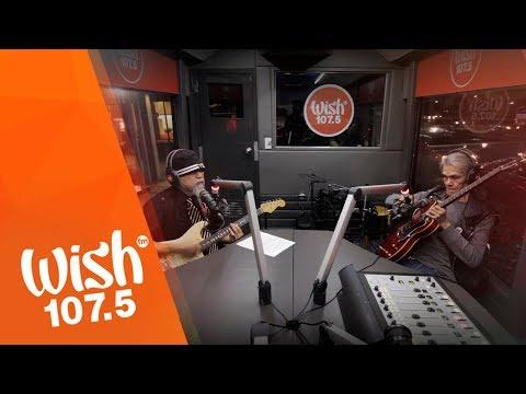 """Mike Hanopol and Pepe Smith perform """"Laki Sa Layaw"""" LIVE on Wish 107.5 Bus"""