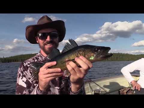 Pêche avec la famille Lauzon pêre et fils à la Pourvoirie lac Suzie