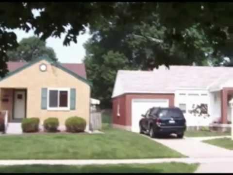 Suburban Street Scene - Cincinnati, Ohio
