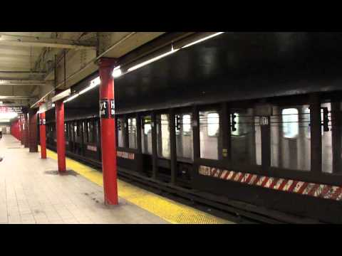 MTA Subway Bombardier R142 #7045 (4) passing through Hoyt Street