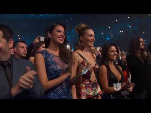 Jennifer Lopez  ft Marc Anthony - Olvidame y Pega la Vuelta (Live at Latin Grammy Awerds 2016)