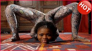 vuclip Flexible contortionist - Snake Girl Performs Amazing Contortion - Acrobat