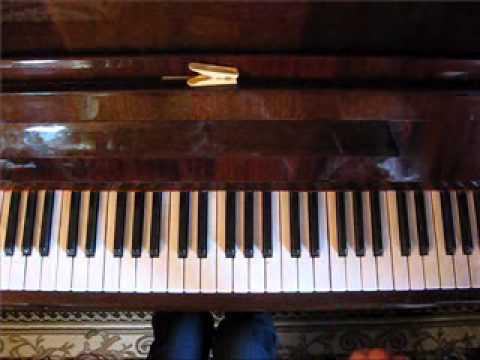 Играть на пианино.Вопрос-ответ онлайн Виктория Юдина
