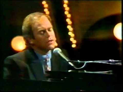 Elton John Empty Garden Parkinson 1982 Youtube