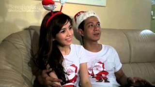 Download Video Sambut Natal, Delon & Yeslin Wang Hias Rumah MP3 3GP MP4