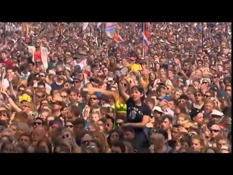 Lana Del Rey: Summertime Sadness (Live At Glastonbury 2014)