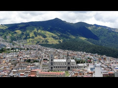 Walking in Quito (Ecuador)