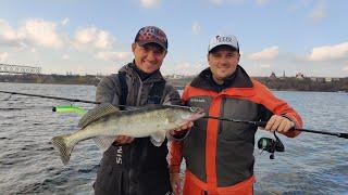 Убойная Рыбалка на Спиннинг на Днепре или Где ловить Хищника? Дрофа Фишинг Часть 1