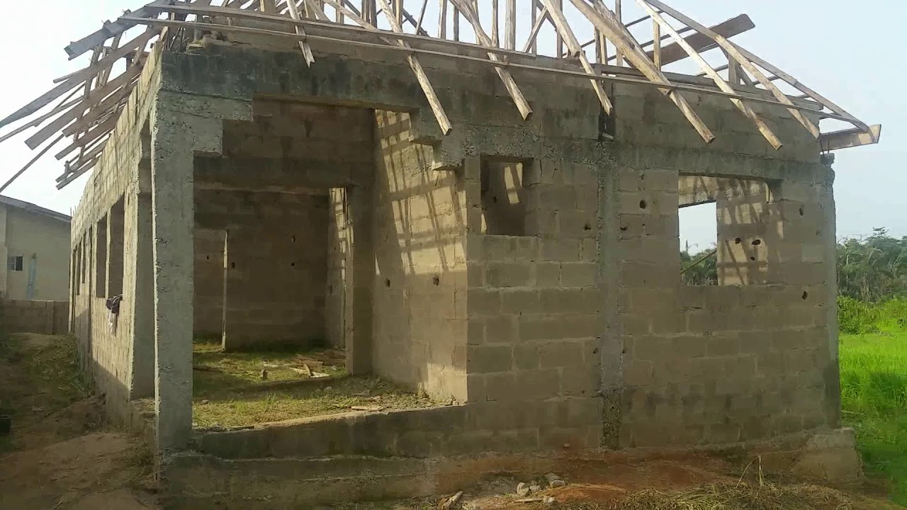 How to build a big house on a half plot in nigeria