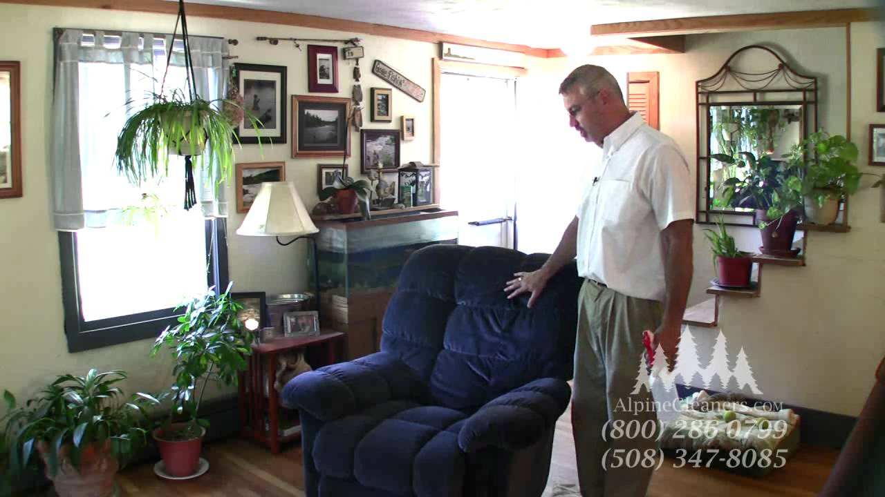 How to professionally clean upholstery - YouTube