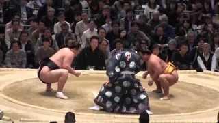 勢 vs 松鳳山の取組。2015春場所8日目。現地オリジナル撮影。 Grand Sum...