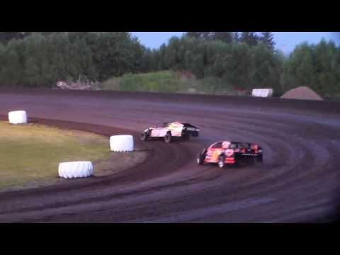 Modified Heat 3 @ Hancock County Speedway 06/28/16