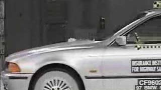 Crash Test 1997 - 2003 BMW 525 I IIHS Frontal Impact