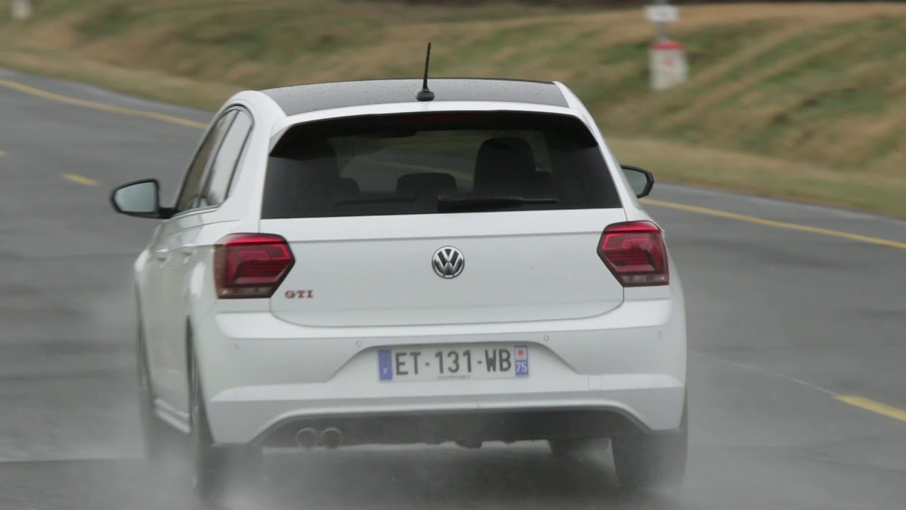 essai volkswagen polo 6 gti 2 0 tsi 200ch youtube. Black Bedroom Furniture Sets. Home Design Ideas