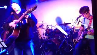 2015年1月11日、京都大宮ライブハウス「Blue Eyes」にて。吉田拓郎のア...